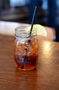 Sweet-tea-in-mason-jars-at-Whistle-Stop-Cafe-in-Juliette-Georgia[1]