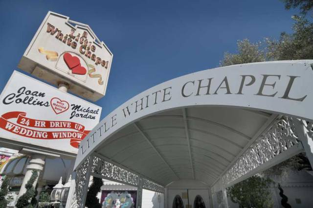 Little-White-Chapel-Las-Vegas[1]