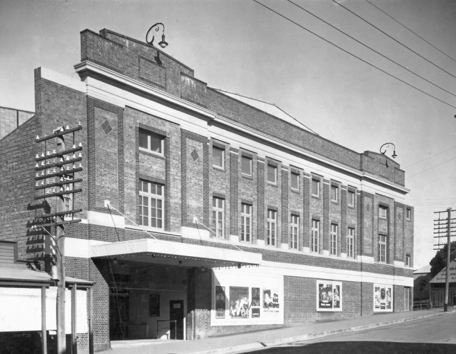 Wintergarden-Theatre-on-East-Street-Ipswich-1927[1]